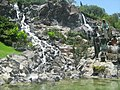 La Vírgen de Guadalupe y una cascada, Cerro del Tepeyac DF. - panoramio.jpg