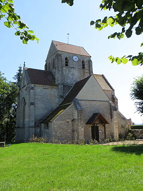 La Villeneuve-sous-Thury - Église Saint-Laurent 2.jpg