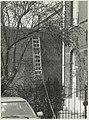 Ladder tegen een zijmuur van de koepelgevangenis. NL-HlmNHA 54020932.JPG