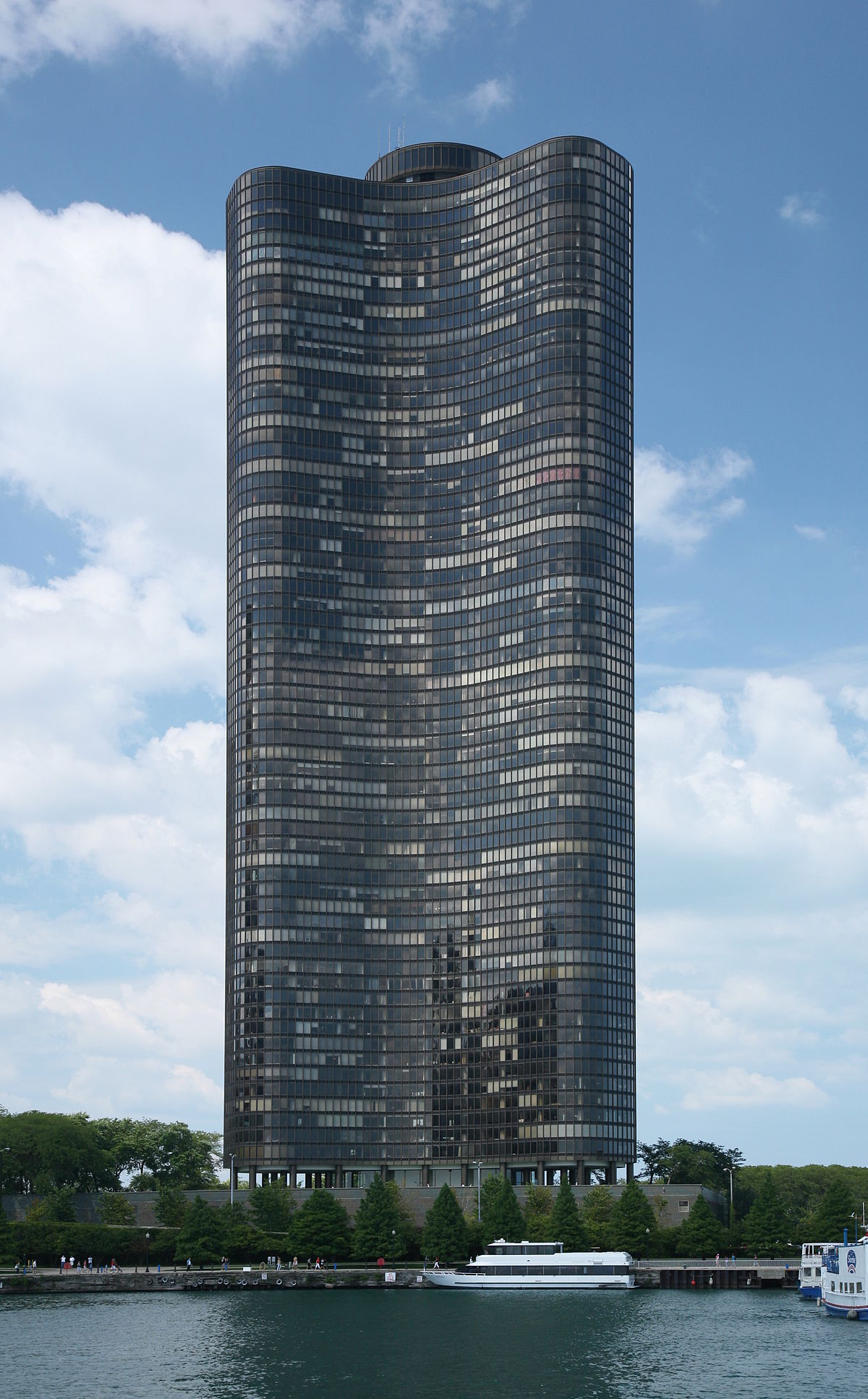 High Rise Apartment Design Exterior lake point tower - wikipedia