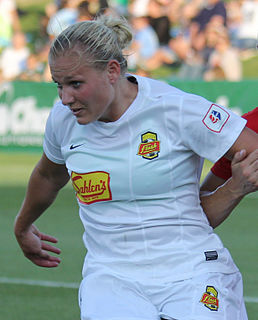 Laura Heyboer American professional soccer player