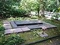 Lesní hřbitov (Zlín) 03, hrob Ba'tovy rodiny.jpg