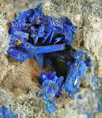 Linarite specimen from the old Grand Reef mine near Klondyke. Linarite-290594.jpg