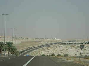 Liwa Oasis - Highway connecting the villages of the Liwa Oasis