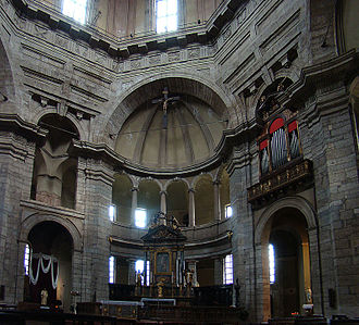 Basilica of San Lorenzo, Milan - Interior open central area