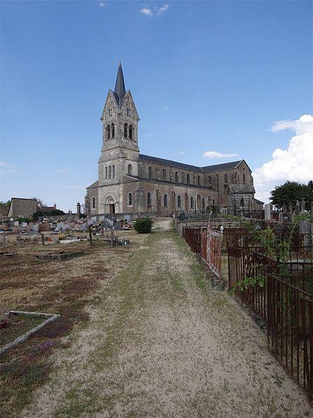 Église Saint-Alban, Lormes, Nièvre, France.