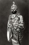 Maharajah Duleep Singh dressed for a State function, c. 1875.jpg