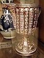 Maiolica valenzana, vesatoio con piede lustrato, xv secolo.JPG