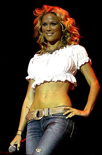 Marie Serneholt - Serneholt at Gatufesten in Sundsvall, Sweden, in July 2006