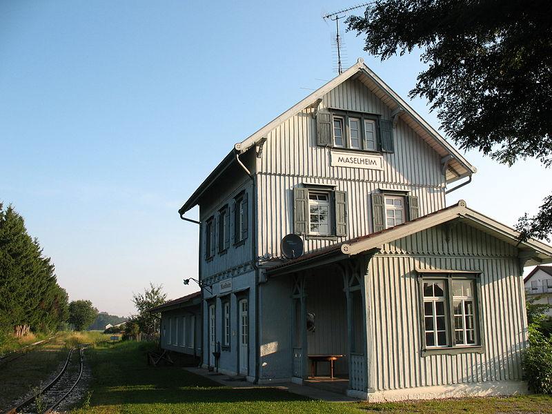 Estacion de real de Guglingen - Kit Faller 282707 800px-Maselheim_Bahnhof