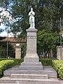 Maubert-Fontaine (Ardennes) monument aux morts.JPG