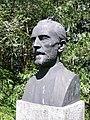Max Fueter Büste Theodor Kocher 3.jpg