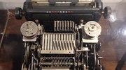 File:Mechanism of mechanical calculator.ogv