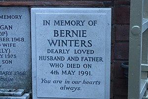 Bernie Winters - Memorial to Bernie Winters, Golders Green Crematorium