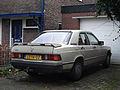 Mercedes-Benz 190 2.0 E (12087478963).jpg