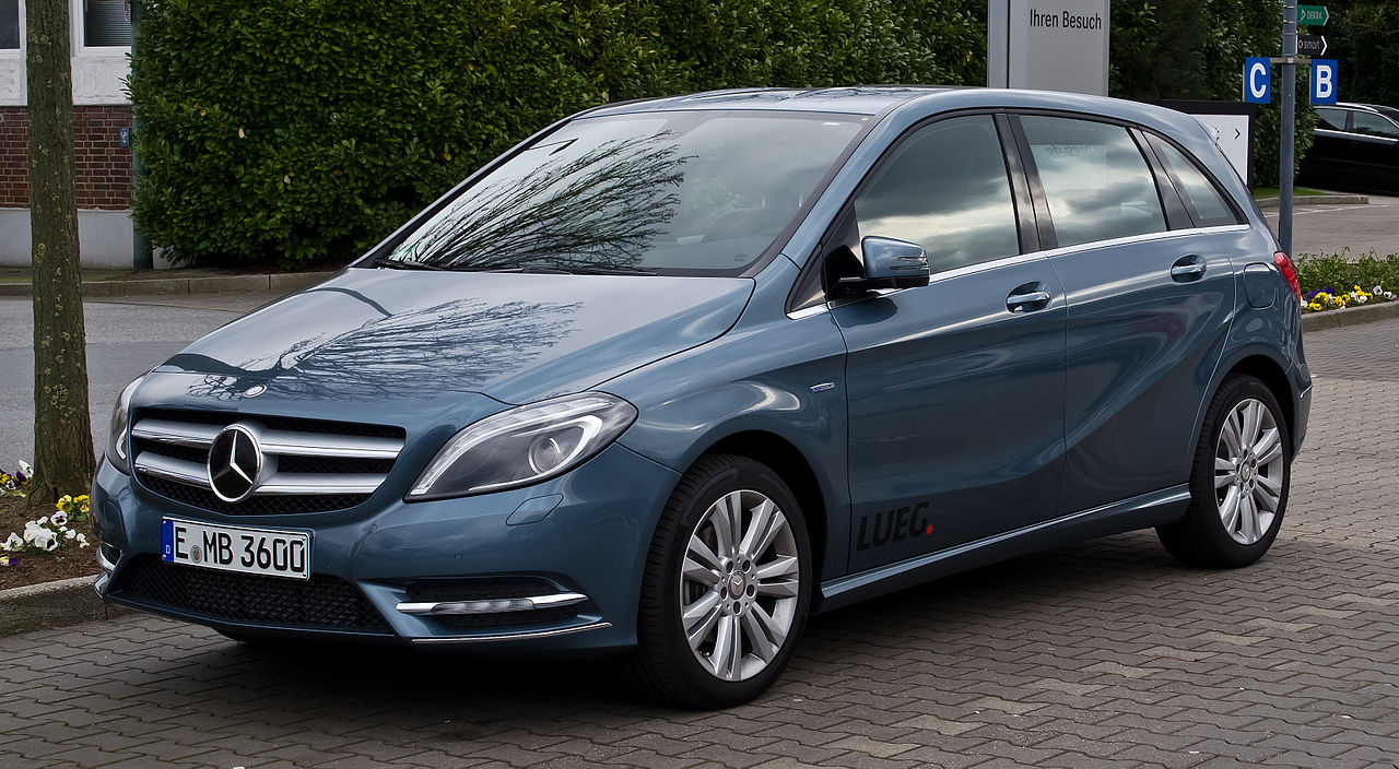 file mercedes benz b 180 blueefficiency w 246 frontansicht 1 1 april 2012. Black Bedroom Furniture Sets. Home Design Ideas