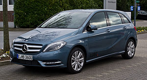 Mercedes-Benz B 180 BlueEFFICIENCY (W 246) – Frontansicht (1), 1. April 2012, Essen.jpg