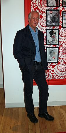 Michael Apted in 2007 Michael Apted by David Shankbone.jpg