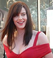 Les plus belles femmes du Monde - Page 2 220px-Michelle_Ryan_at_the_BAFTA's