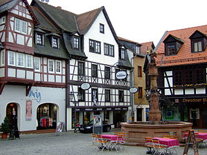 Michelstadt - Timber-frame house at the marketplace with the market well