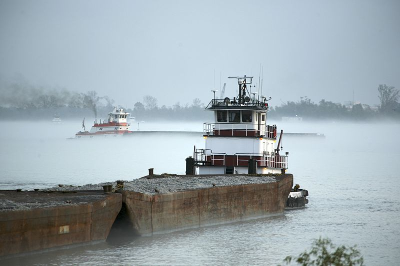 File:Mississippi river barges.jpg