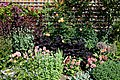 Mixed border and trellis, Essex, England 02.jpg