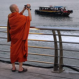 Monk-Bumboat-MerlionPark-Singapore-20090922
