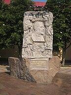 Monument to Nicholas Leontovich.jpg