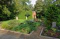 Moorlose Kirche Friedhof.jpg