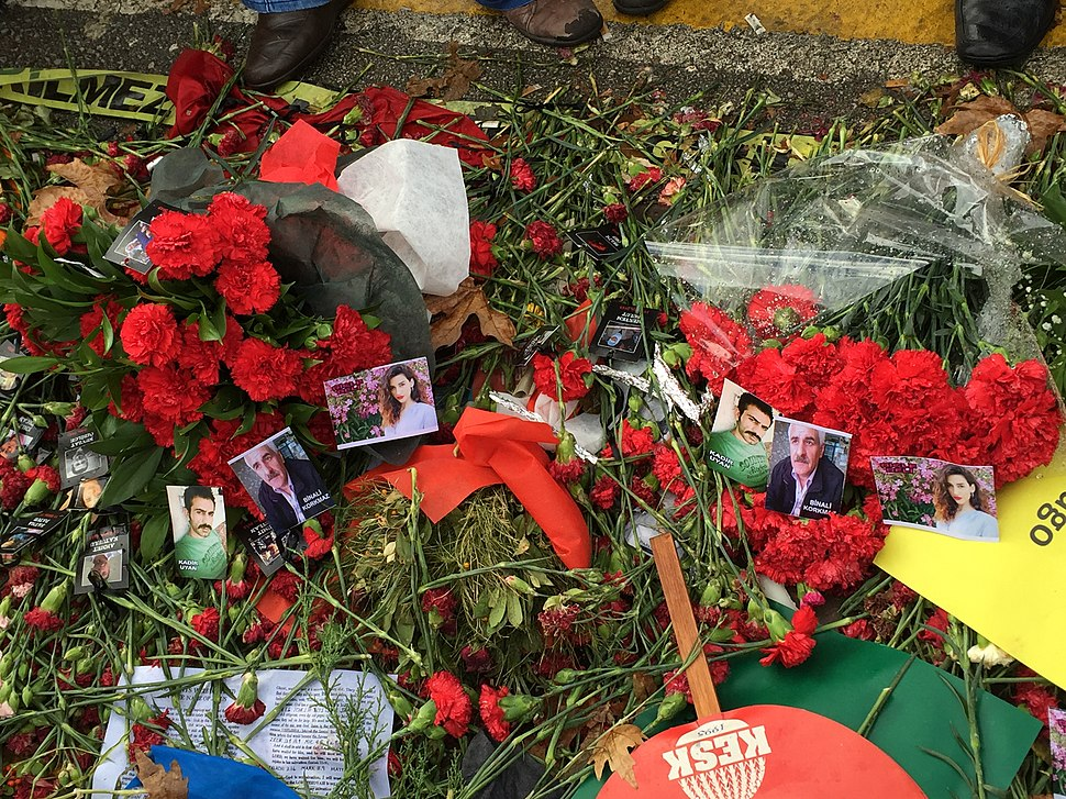 Mourning after the 2015 Ankara bombings (2)