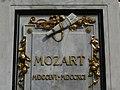 Mozartdenkmal z06.JPG