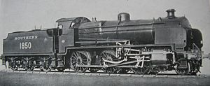 SECR N class - An official photograph of Woolwich-built No. 1850, which was fitted with Marshall valve gear for trials in 1934. Note the complex layout of the motion, which disintegrated at speed near Woking. The locomotive was subsequently rebuilt with standard Walschaerts valve gear in April 1934.