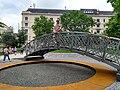 Nagy Imre statue, Jászai Mari tér.jpg