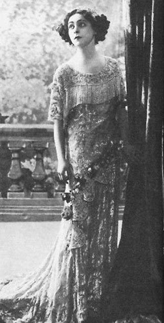 Alla Nazimova - Nazimova in the 1911 Broadway play The Marionettes