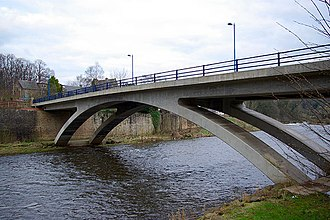 A71 road - A71 crossing the River Clyde at Garrion Bridge