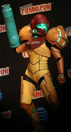 New York Comic Con 2016 - Samus (29599245483).jpg