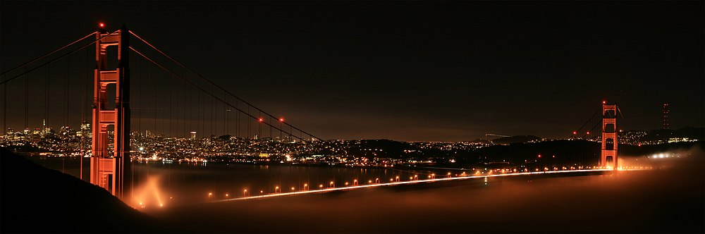 Night Panorama of Golden Gate Bridge.jpg