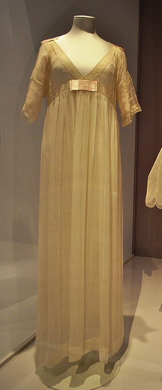 Lucy, Lady Duff-Gordon - Image: Nightgown by Lucile (Lucy, Lady Duff Gordon), 1913