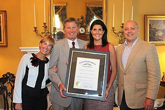 Steve Spurrier - Spurrier receiving the Order of the Palmetto from Governor Nikki Haley
