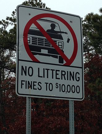No littering sign at a highway in Cape Cod, Massachusetts. No littering sign in Cape Cod.jpg