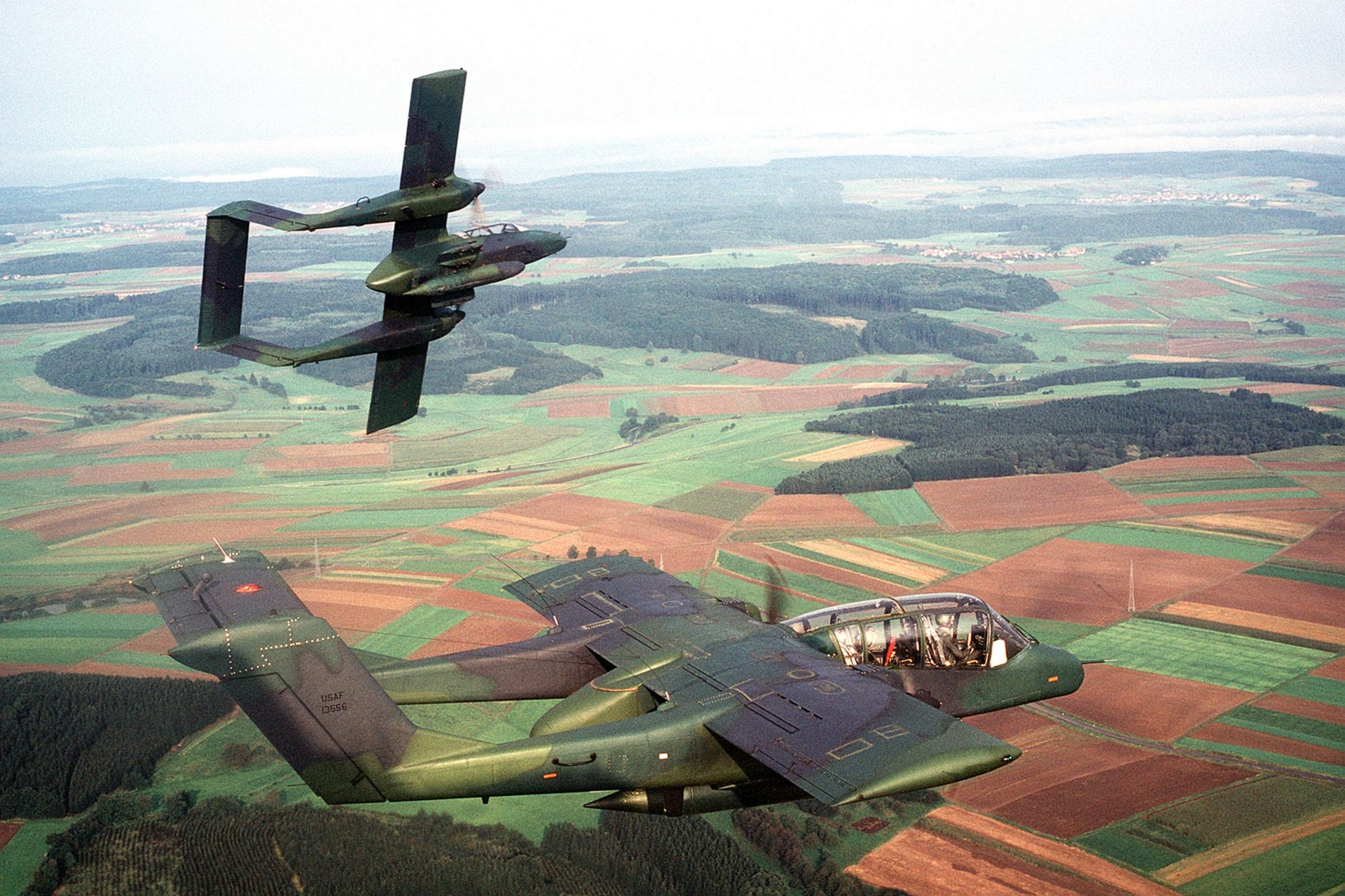 1920px-OV-10As_601st_TASW_over_Germany_1