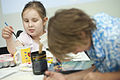 Oncology on Canvas helps paint journey 140412-F-AD344-067.jpg