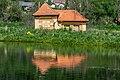 Ossiach Alt-Ossiach Bleistätter Moor Pumpenhaus von 1931 S-Ansicht 23052019 7043.jpg