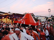 Oyama Mikoshi that arrived Otabisho.JPG