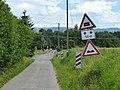 Panneaux 1.15, 5.12, 1.06, 1.17, chemin du Château-des-Bois ouest.jpg