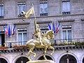 Paris 75001 Place des Pyramides Jeanne d'Arc equestre by Frémiet W1.jpg