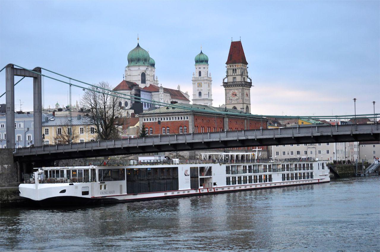 Viking River Cruises Travel Agent Phone Number