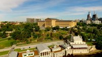 Файл:Philadelphia Art museum and Water works aerial.webm