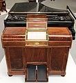 Phonola automat za sviranje klavira.jpg