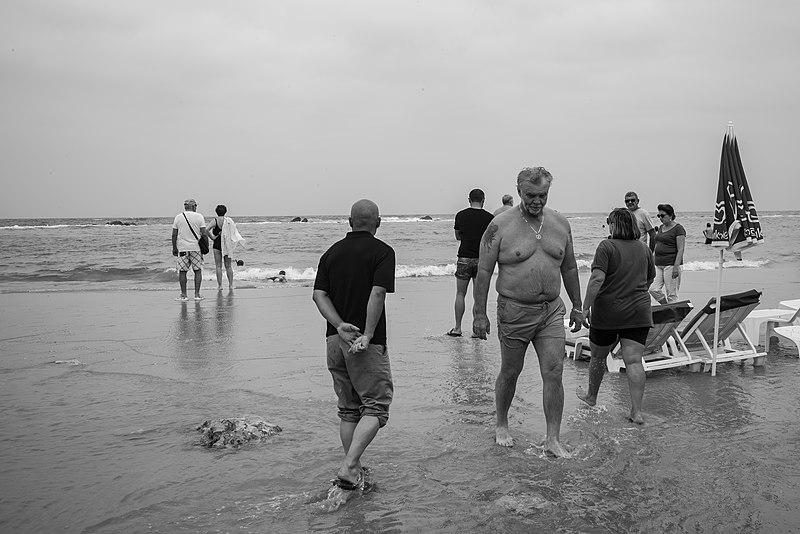 יום סתוי בים
